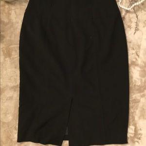 Worthington Skirts - Worthington stretch black pencil skirt 💜